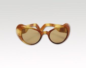 Vintage Sunglasses - 1970s - Tortoise - German - Plastics