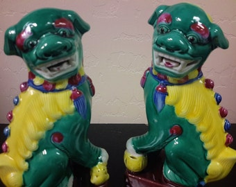 Vintage Guardian Foo Dog Famille Verte Foo Lion Pair Chinese Asian Decor Bookends