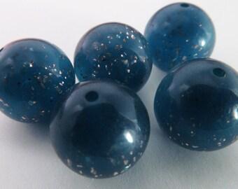 16 Vintage 14mm Blue Glitter Round Lucite Beads Bd1697