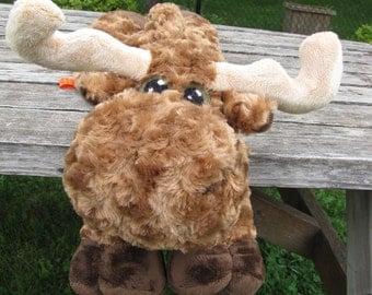 Moose STUFFED ANIMAL Sewing Pattern - Digital Download