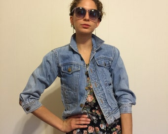 Vintage 80's Denim Jacket / Light Wash Stonewash Jean Jacket S