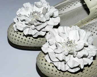 Leather flower Shoe Clips, rose shoe clips - white or red!