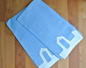 Two Fine Linen Hand Stitched Applique Hand Towels Guest Towels.