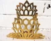 Brass pineapple letter holder mail organizer napkin storage vintage stylized office decor