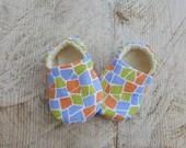 "AK BABY  DESIGNS ""Elegant Colorful Baby Shoes""."