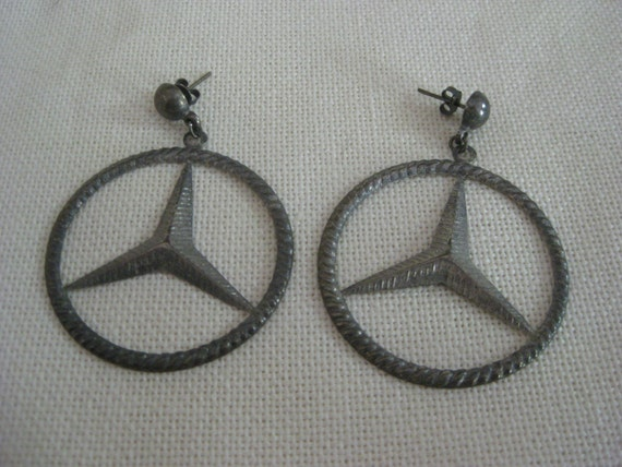 Vintage mercedes benz earrings for Mercedes benz earrings