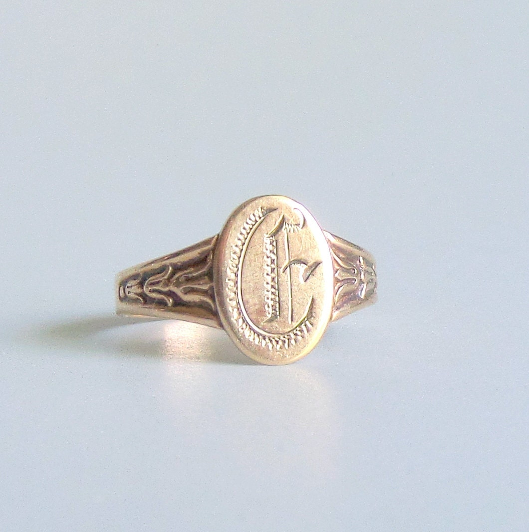 signet ring 10k gold oval e size by