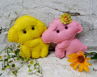 Felt elephant Brooch, Felt jewelry, Animal jewelry, Funny Brooch pin, pink, felt toy for baby, Miniature Felted Animals
