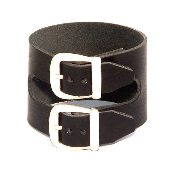 Double buckle wristband