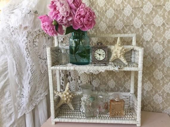 Shabby cottage vintage wicker shelf white wicker bathroom - White wicker bathroom accessories ...