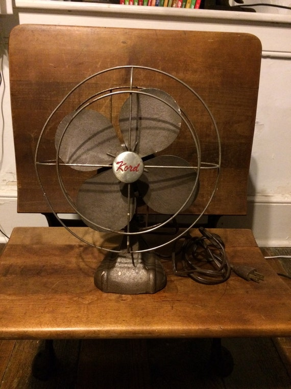 Best Table Top Fan : Vintage kord metal adjustable table top fan by simple stuff