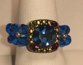 Woven ring, blue stone, gold antique setting, 4 small crystals silver seed beads size 7 half