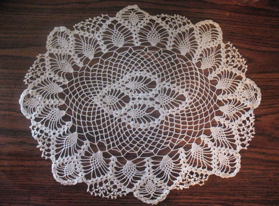 Snap Items Similar To Vintage Star Pattern Crocheted Doily On Etsy