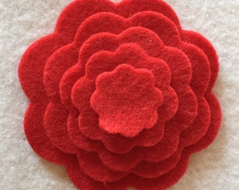 die cut scalloped felt circles