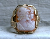 Vintage 14K Yellow Gold Shell Cameo Ring.