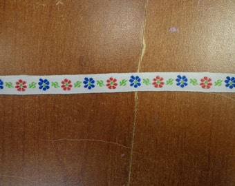 """Vintage (1970s) 3/8"""" WideTrim, Blue and Red Flowers on White Background, 1 Yd"""