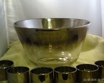 Dorothy Thorpe Style Punch Bowl Set