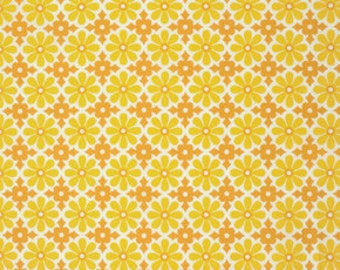 SALE Ginger Snap by Heather Bailey for Free Spirit - Snapdaisy - Butterscotch - FQ Fat Quarter yard cotton quilt fabric 516
