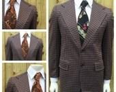 Vintage 1960s Men's Brown, Tan, White & Blue PLAID  2 Piece Suit -- Mens Size 39