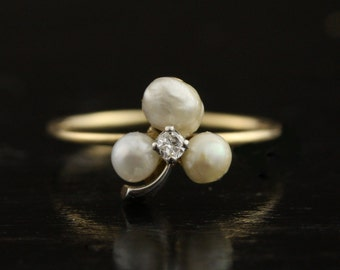 Antique Baroque Pearl Clover Ring with 14k Yellow Gold Thin Band