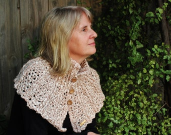 Crocheted Lacy Capelet Pattern