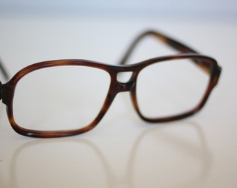 Vintage mens tortoiseshell eyeglass frames