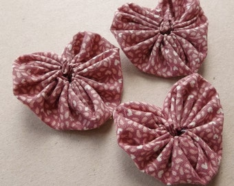 heart shaped fabric yoyos in mauve and pink calico print--matching lot of 3