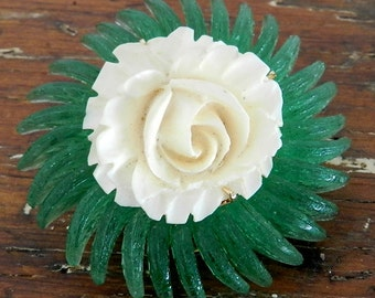 50's CARVED ROSE BROOCH - Celluloid / Classic / Elegant / Mid Century / Rare