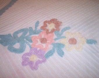 Vintage Chenille Bedspread Blanket Cover Cutter