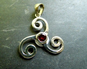 Celtic knot, Celtic, node, spiral, Celts. Silver, Garnet