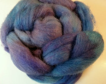 Grape with the blues 3.6oz Handpainted Perendale Spinning Fiber