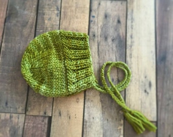 Classic Ribbed Knit Bonnet - Instant Download