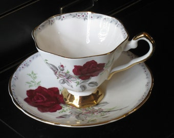 Exquisite Royal Stafford Bone China Tea Cup & Saucer - Vintage, English - Roses To Remember Pattern - Gold Trim, Red Roses - Wedding