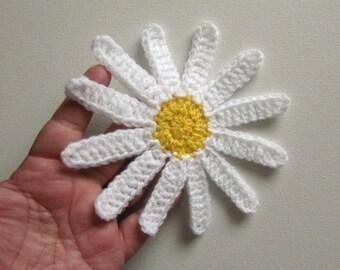 """1pc 6"""" Crochet DAISY Applique, Large Center"""