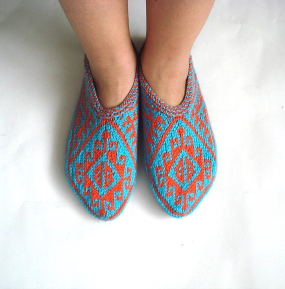 Knitting Pattern For Turkish Slippers : womens slippers knitted slippers turquoize blue by AnatoliaDreams