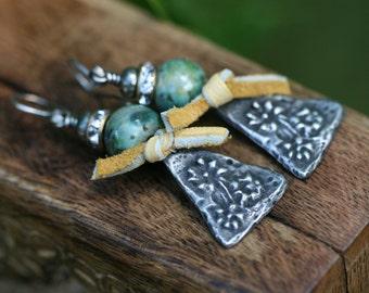Boho Jewelry.  Rustic Arabesques *Earth Gardens Series * Lace Enchantment earrings  n51 - Garden . Cast Metal . Rhinestone . Gipsy  Flowers