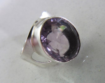 Silver Amethyst Ring - Natural stone - Size 7