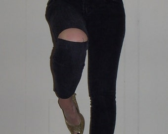 50% Off Sale Black Ripped Skinny Jeans Cut Out Right Knee 3/4 Leg Cut Sexy Washed Out Faded Summer Styling Jeans