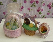 DOLL HOUSE MINIATURES, Easter Decor,  2 Easter Baskets and 1 Easter Egg and chicks Diorama