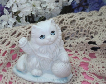 Kitten Fiqurine, Cat Figurine, Cat, Kitten, Persian kitten/cat, Shabby Chic Kitten, Candle Holder, Cat Candle Holder Darling.:)