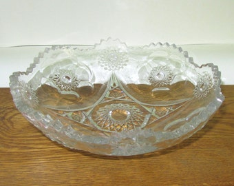 Vintage Bowl Cut Decorative Glass Pointy Scalloped Edge Candy Dish D9