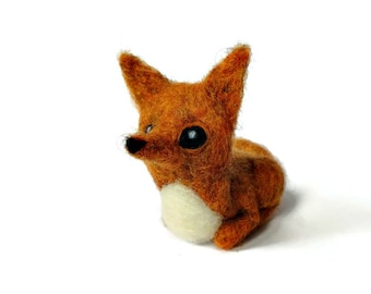 Needle Felted Fox Sculpture, Woodland Fox Fibre Art Miniature