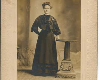 Antique 1900 Cabinet Photograph of a Women Dressed in Black