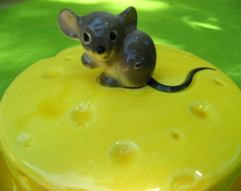 mouse and the cheese covered dish yellow rats mice round dish serving
