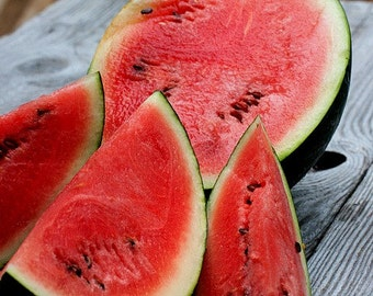 Sugar Baby Watermelon, 25 seeds, non GMO, heirloom, Ice Box Melon, small sweet fruit, black rind, great for small gardens, picnic perfect