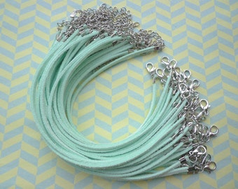30pcs 3mm 7-9 inch adjustable Mint green suede leather bracelet with white k  fitting