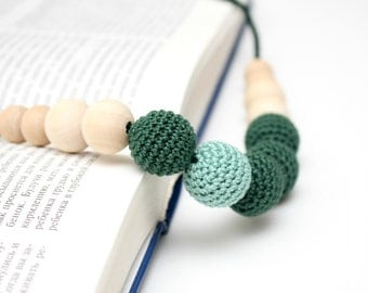 Woodland Green Nursing Necklace - baby shower gift, accessory for moms to wear, babywearing,Eco friendly, chew beads