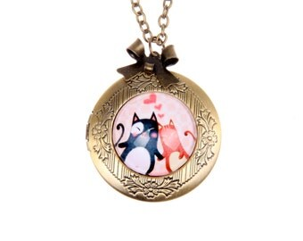 Necklace locket lovers cats