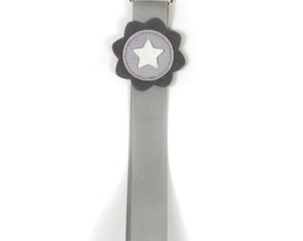Pacifier Clip STAR