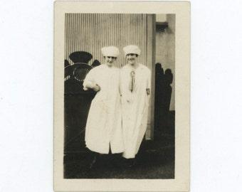 Factory Gals: c1910s Vintage Photo Snapshot (54356)